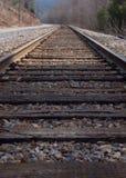 Pistas de ferrocarril adelante Imagen de archivo