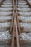 Pistas de ferrocarril cambiantes fotografía de archivo libre de regalías