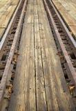 Pistas de ferrocarril de una mesa redonda Fotografía de archivo