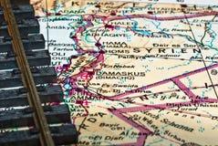 Pistas de ferrocarril en la correspondencia de Siria foto de archivo libre de regalías