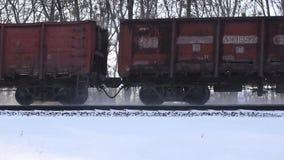 Pistas de ferrocarril en la nieve metrajes