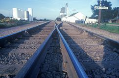 Pistas de ferrocarril en nuevo Cambria, Kansas Fotos de archivo libres de regalías