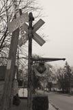 Pistas de ferrocarril fuera de servicio Foto de archivo libre de regalías