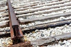pistas de ferrocarril quebradas Fotos de archivo libres de regalías