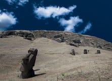 Pistas de Moai de la isla de pascua Imágenes de archivo libres de regalías