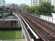 Pistas del tren del tránsito rápido Fotos de archivo libres de regalías