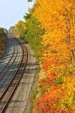 Pistas del tren en otoño Imagen de archivo libre de regalías