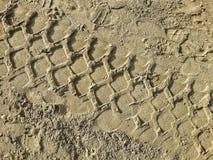 Pistas en la arena imágenes de archivo libres de regalías