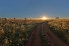 Pistas a la salida del sol fotografía de archivo libre de regalías