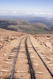 Pistas que van abajo del pico de Pike en Colorado Imagen de archivo libre de regalías