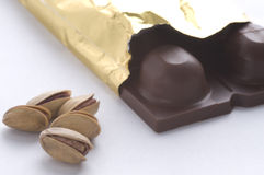 Pistasch och choklad arkivfoton