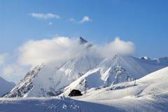 Piste катания на лыжах снега стоковые изображения