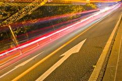 piste chiare alla notte Fotografie Stock