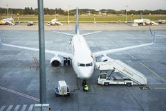 Piste d'aéroport international de Kiev Boryspil à Kiev, Ukraine Photos stock