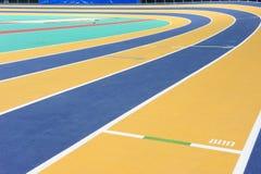 Piste d'intérieur d'athlétisme Images libres de droits
