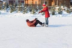 Piste de patinage en baisse de glace pendant l'hiver Photo stock
