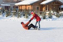 Piste de patinage en baisse de glace pendant l'hiver Photo libre de droits