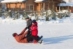Piste de patinage en baisse de glace pendant l'hiver Image libre de droits
