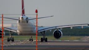 Piste de tour d'avion avant le départ banque de vidéos