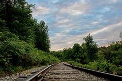 Piste del treno alle forcelle del credito Immagine Stock