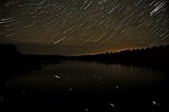 Piste della foresta del cielo del lago star Fotografia Stock