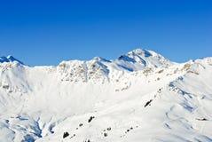 Piste di sci alpino nella regione di Portes du Soleil Immagine Stock