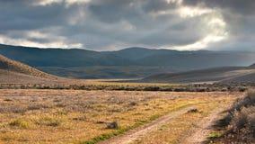 Piste di sporcizia nella valle dell'antilope fotografie stock libere da diritti