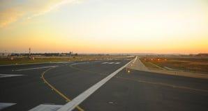 Pistes d'atterrissage à l'aéroport de Séville, Espagne Images libres de droits