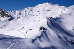 Pistes de ski dans Mayrhofen Images stock