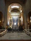 Pistoia - Duomoinnenraum stockbilder