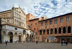 Pistoia-Marktplatz Duomo stockbild