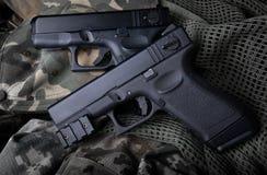 Pistola automatica della mano della pistola breve 9 millimetri Fotografie Stock Libere da Diritti