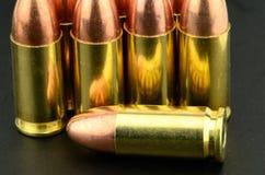 pistola de 9m m Fotos de archivo libres de regalías