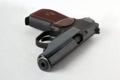 Pistola de Makarov Em um fundo branco Fotos de Stock Royalty Free
