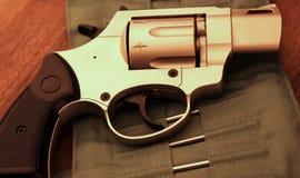 Pistola del revolver Immagini Stock