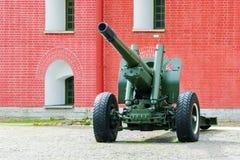 Pistola dell'artiglieria Immagine Stock