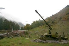 Pistola della montagna per l'eliminazione delle valanghe Fotografie Stock Libere da Diritti