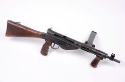Pistola di Sten delle truppe disperse nell'aria Immagine Stock Libera da Diritti