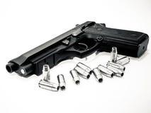 Pistola e balas Imagem de Stock Royalty Free