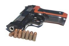 Pistola e munição Fotografia de Stock Royalty Free