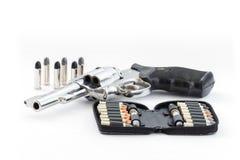 Pistola e pallottole di Chrome Fotografie Stock Libere da Diritti