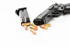Pistola e scomparto della mano Immagini Stock