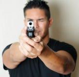 Pistola indicante maschio Fotografia Stock Libera da Diritti