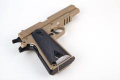 Pistola moderna de la escopeta de aire comprimido aislada Imágenes de archivo libres de regalías