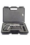 Pistola nel caso fotografia stock