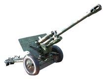 Pistola russa vecchia del cannone dell'artiglieria sopra bianco Fotografie Stock Libere da Diritti