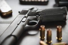 Pistola semiautomática calibre 45 Foto de Stock Royalty Free