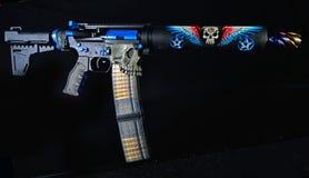 Pistola su ordinazione AR15 isolata su HDR nero Fotografia Stock Libera da Diritti
