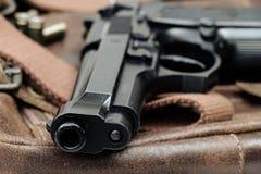 Pistole, halbautomatisch Lizenzfreie Stockfotos