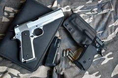 Pistole semiautomatiche Fotografie Stock Libere da Diritti